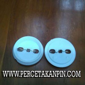 bahan pin peniti 44mm